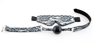 Кружевной набор TOYFA Marcus серебристый: маска и кляп